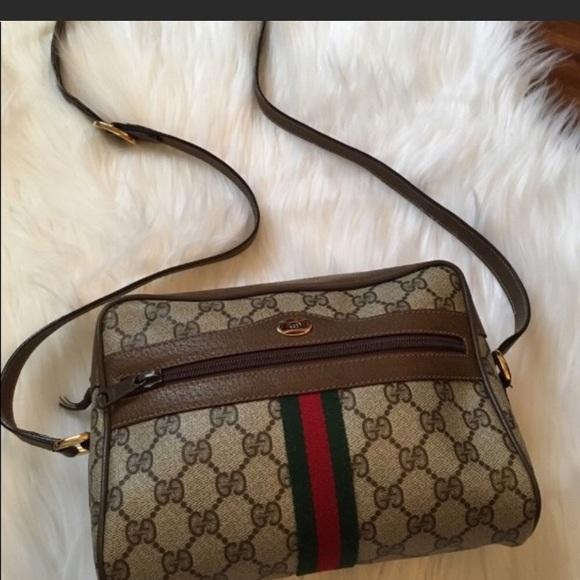 a6135ecc4183 Gucci Bags | Authentic Vintage Crossbody No Trade | Poshmark